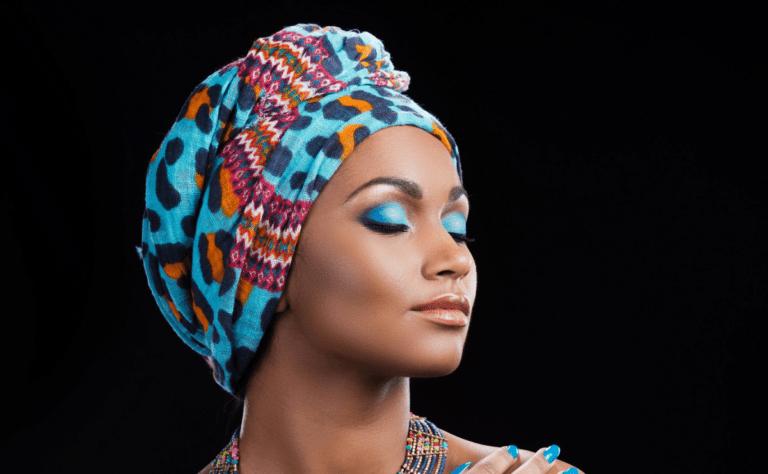 woman-wearing-scarf-mindfulness